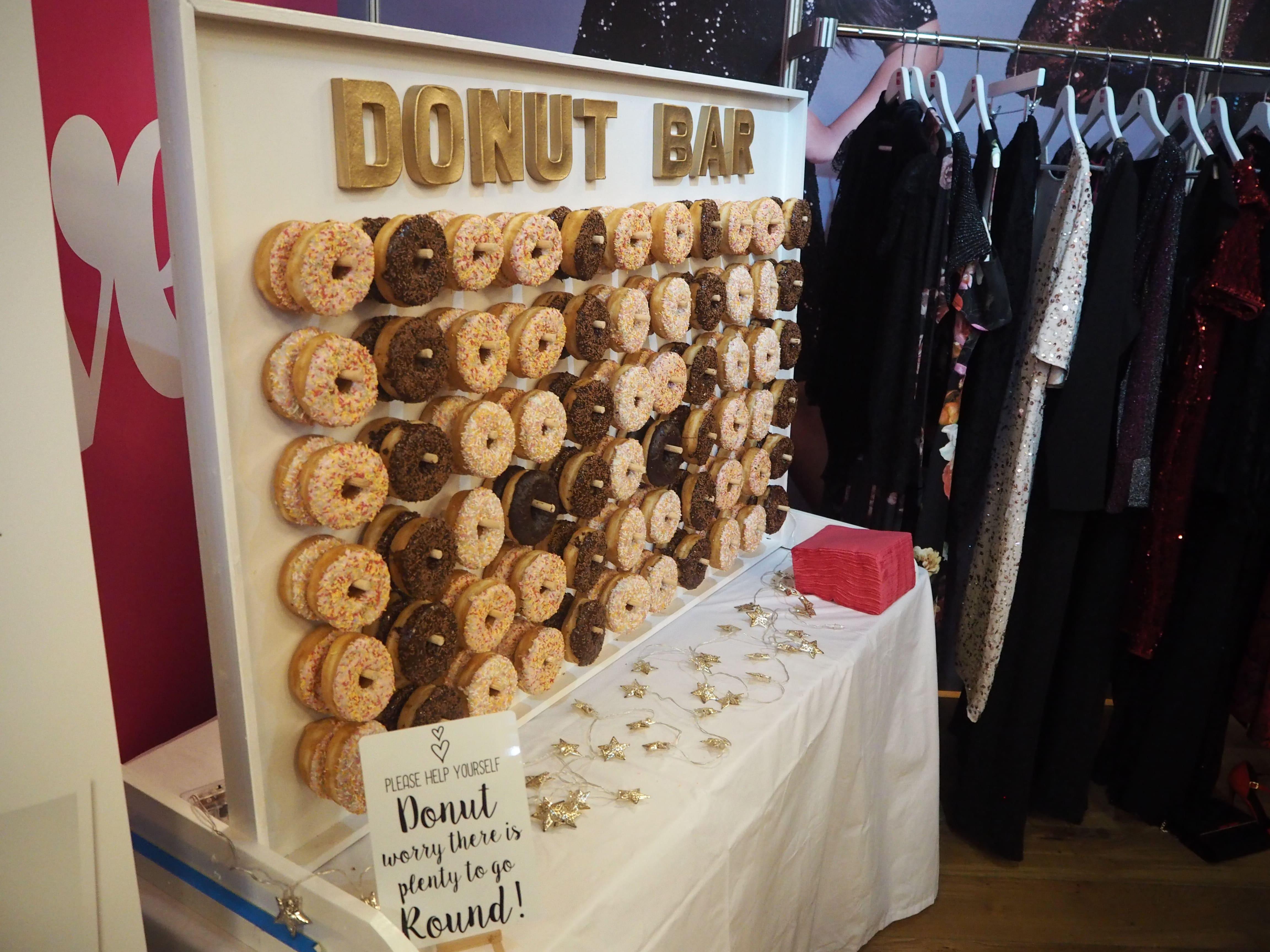 Very Donut Stand - Chiino.co.uk